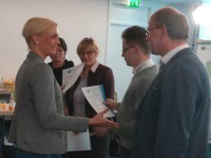 INEBB Weiterbildung: Erste IHK-Zertifikate übergeben